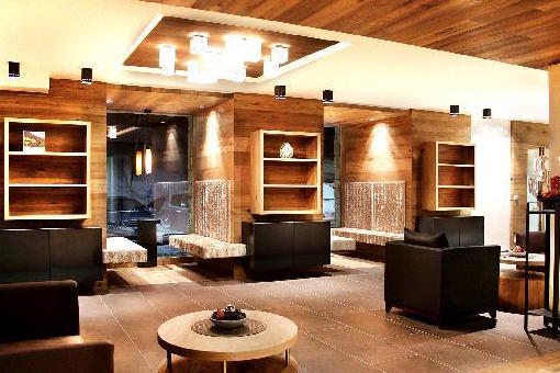 Hotel Stores