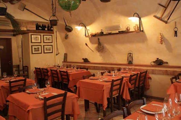 La Credenza Ristorante Marino : Taverna mari amioparere