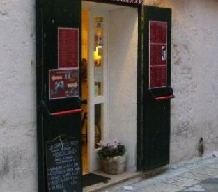 via Curiel Montecchio